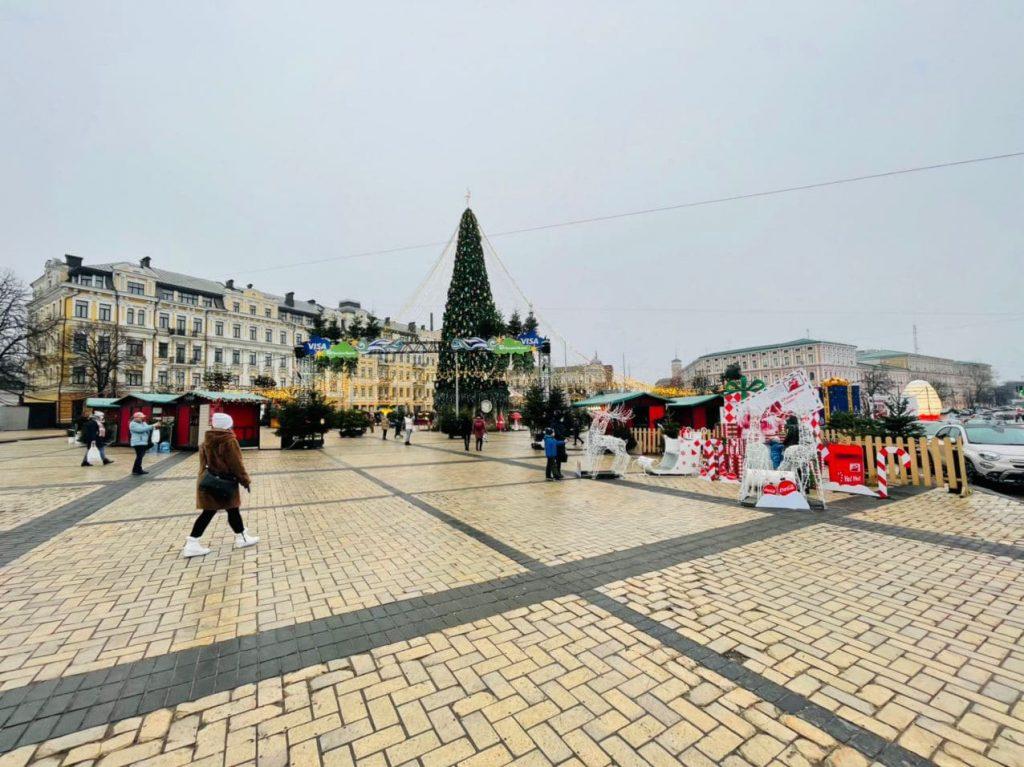 ТОП-9 новогодних локаций Киева 2020-2021 на открытом воздухе